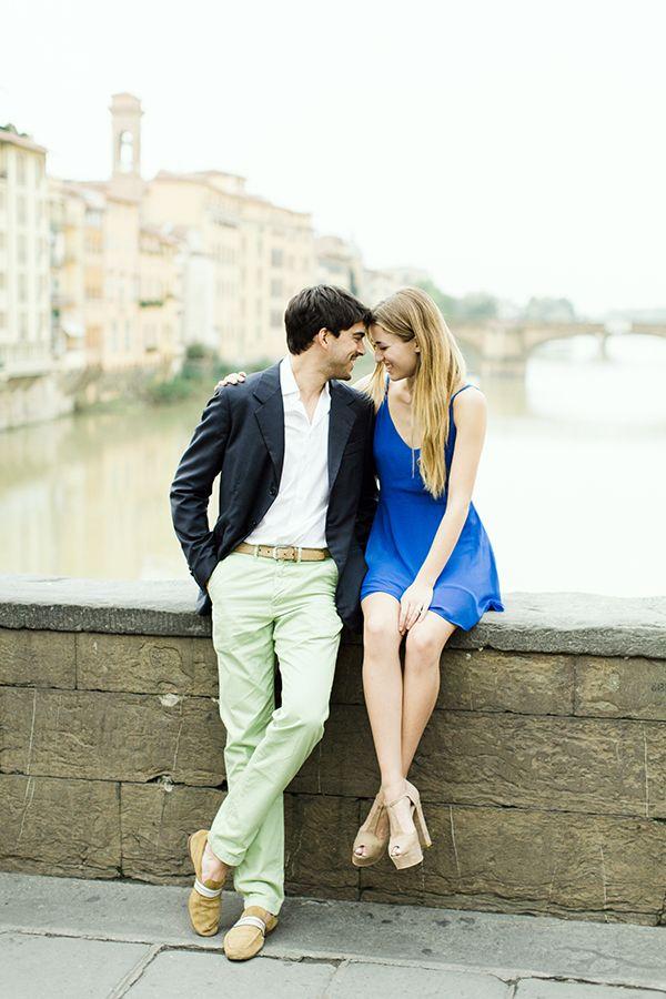 Stylish engagement shoot in Italy