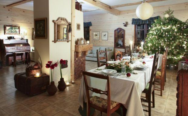 Tuż przed świętami pomyśl o dekoracji i pięknej zastawie stołowej.