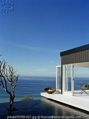 This gorgeous property is located in Bungen Beach, Australia!