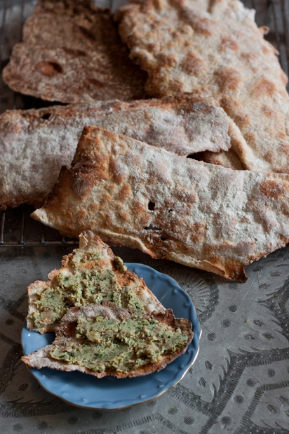 Sourdough crisp bread: Breads Muffins Rol, Yummy Things, Eating Breads, Sourdough Crisp, Nom Om, Craker Flatbread Muffins Scon, Wheat Sourdough, Crisp Breads