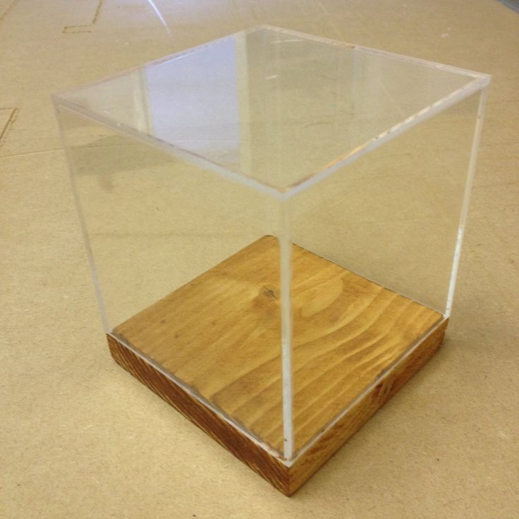 5 sided Clear Acrylic Box, Cube, Display Case, Cake Separator with wood bases (300mm x300mm x300mm)