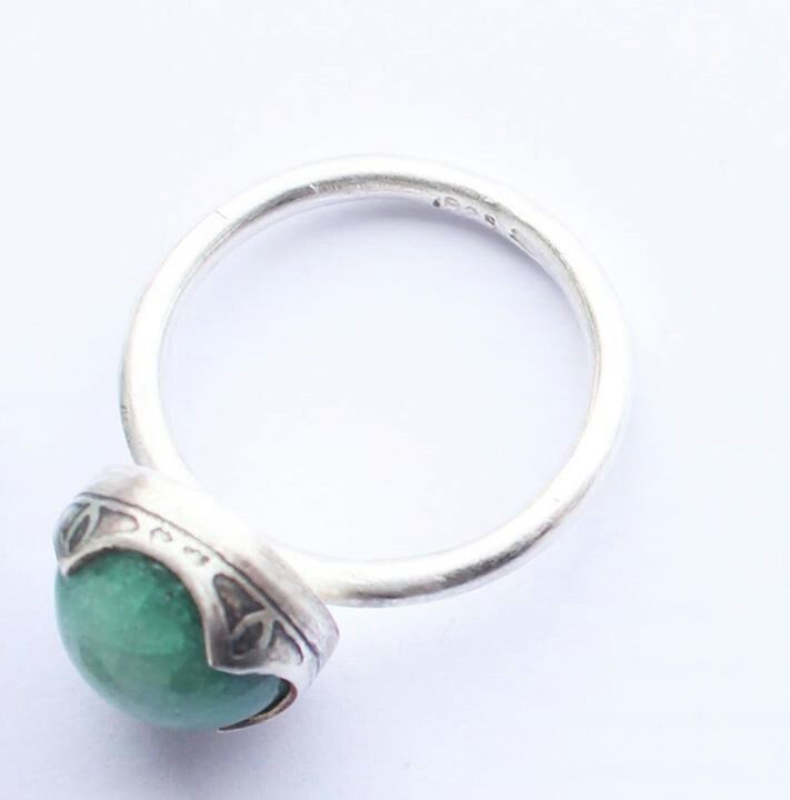 Green porcelain gem, fancy bezel flat setting (street lamp detail), 100% recycled silver. Liv Thrane Jewellery. www.facebook.com/livthranejewellery & www.livthrane.com