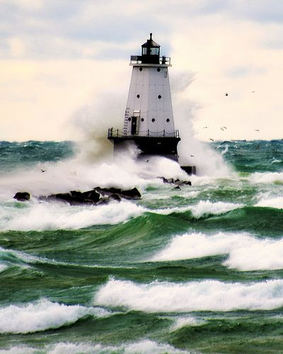 """I've actually been here. So weird to see it pop up on Pintrest. (""""Lighthouse, Ludington, Michigan"""")"""