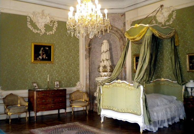 Esterházy-kastély, hálószoba