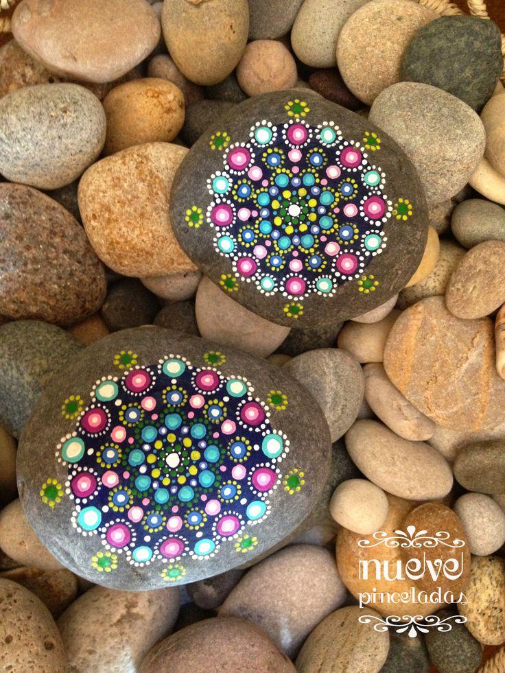 Mandalas en colores variados.  Diseños originales procedentes de http://www.elspethmclean.com/