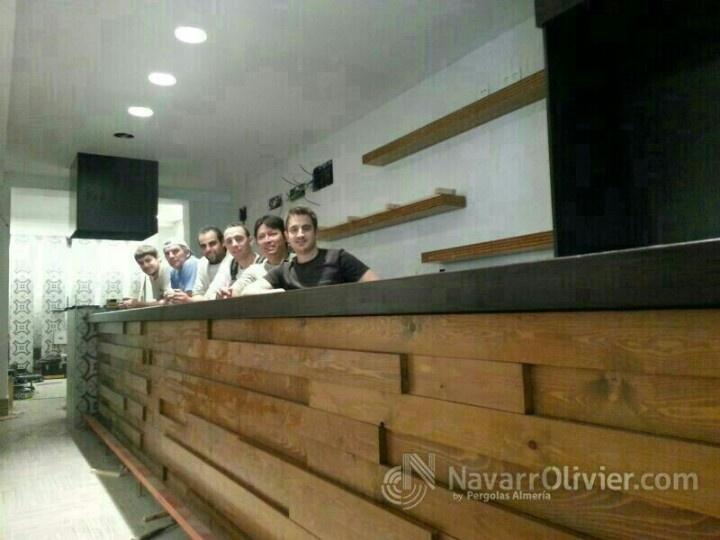 Montaje de bar de tapas en Lorca, Murcia. El equipo de navarrolivier.com