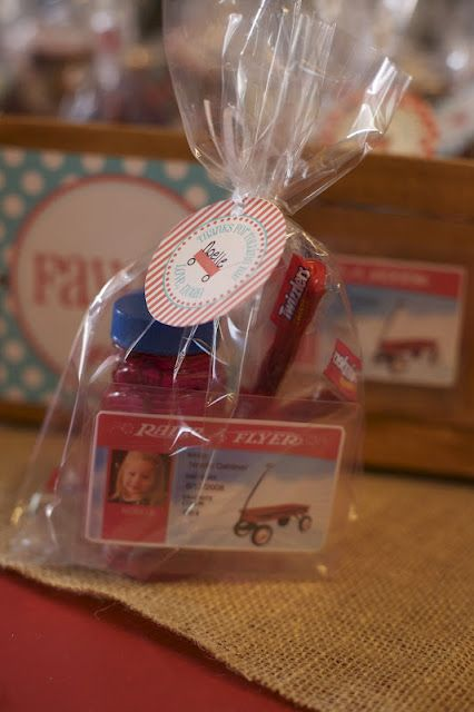 Little Red Wagon party favors! This site is over the top with parties. But Way cute!!