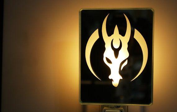 El logo de Star Wars Mandaloriano por Vertigeglass en Etsy