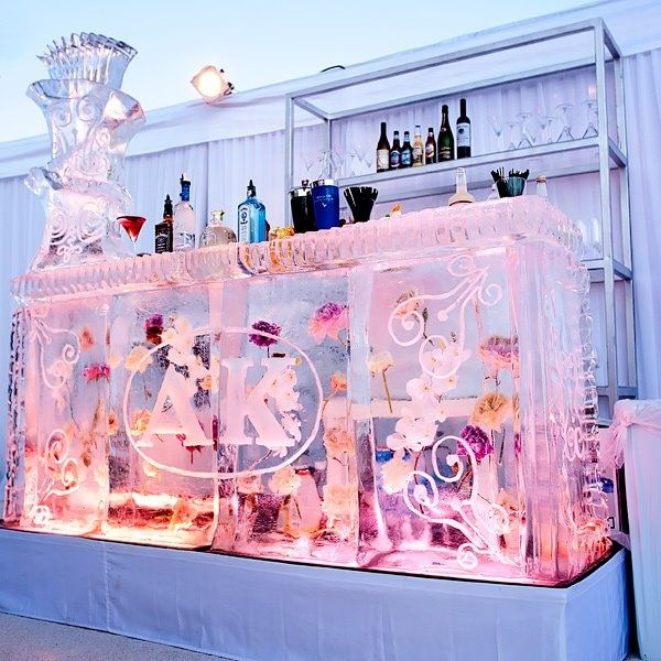 how to build an ice luge stand