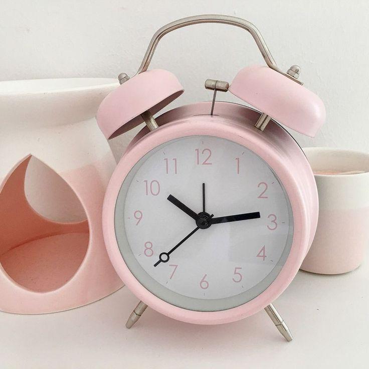 RETRO DOUBLE BELL ALARM CLOCK METAL PASTEL PINK BEDSIDE WAKE UP ALARM HAMMER BEL