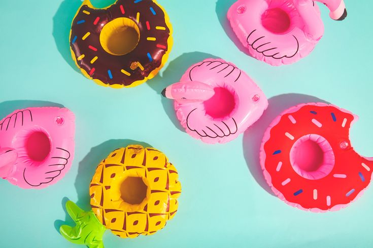 Amazing pool floats are everywhere this year! Amazon, Walmart, Target!