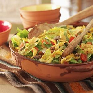 Catalina+Taco+Salad    This is absolutely amazing!!  The combination of the catalina dressing with taco salad ingredients you wouldn't think that it would be really good but it is A-M-A-Z-I-N-G!!!!