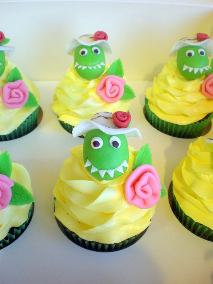 Sugar Siren Cakes Mackay: #Dorothy the Dinosaur #Cupcake idea