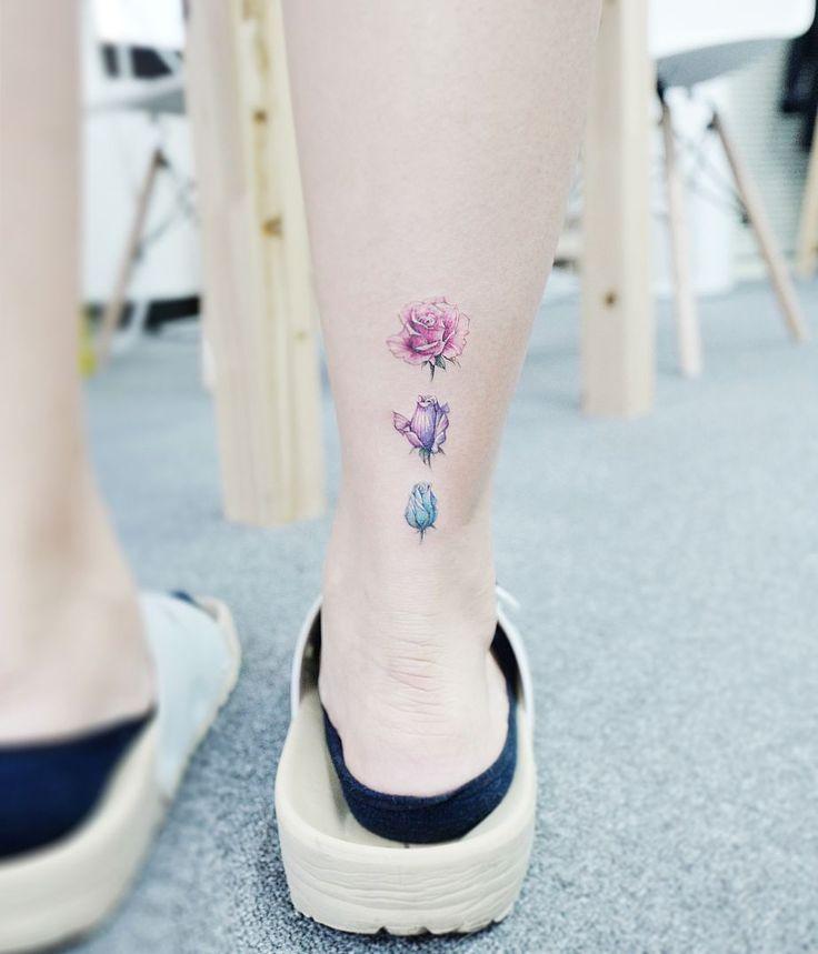 Tatuajes de Rosa en la Tobillo Para Mujeres
