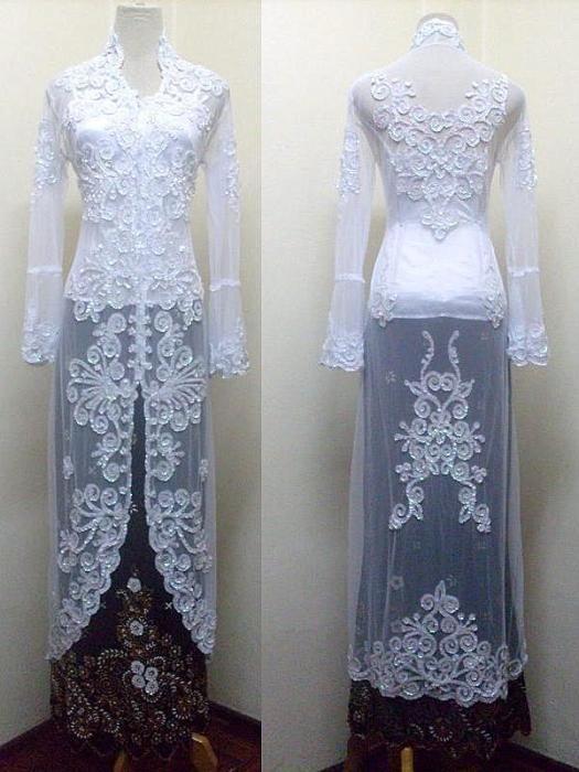Traditional long kebaya, simple and elegant