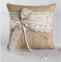 Vintage look ringkussen voor je bruiloft. - Trouwartikelen.nl