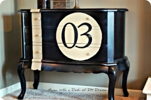 love the style of this painted bureau. It reminds me of a little racing Mini car.