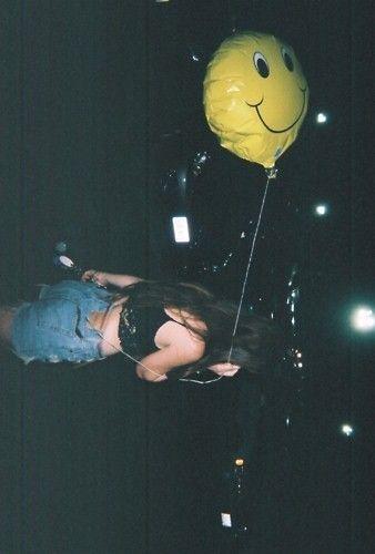 happy balloon, hanging till dawn