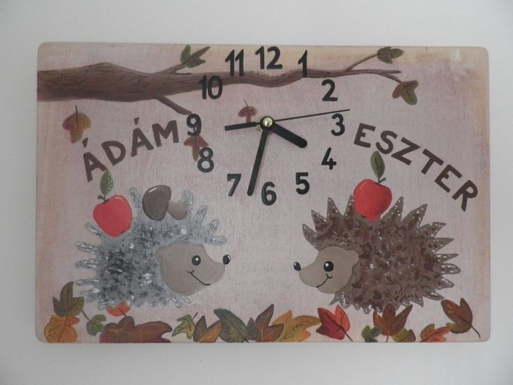 Sündisznós óra. Hedgehogs wall clock with silent colckwork.