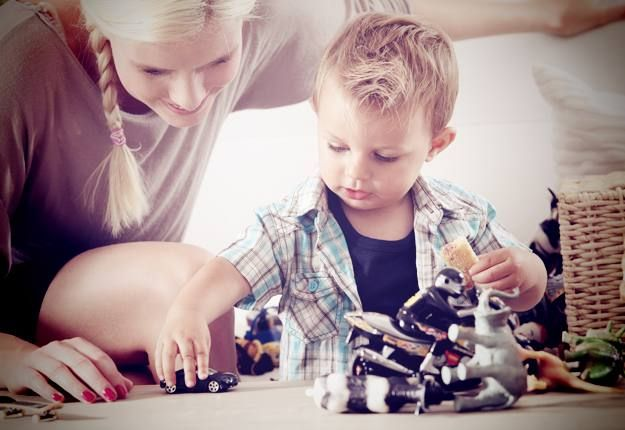 5 tips for encouraging independent play