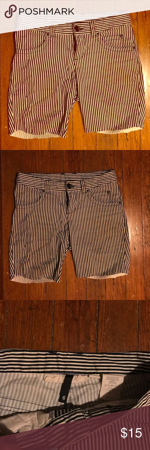 """Grunge Cut Off Beetlejuice Pinstripe Shorts These are shorts I made out of my favorite pair of pants. They are black and cream pinstripe with a frayed edge. Due to the fact that these are an older pair of pants they are not a crisp white, but they look amazing when on and have the perfect """"worn"""" look and feel. Offers are welcome. H&M Shorts Jean Shorts"""