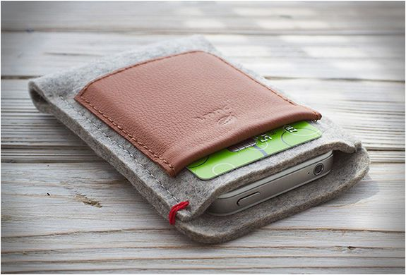 IPHONE WALLET | BY PUURCO |
