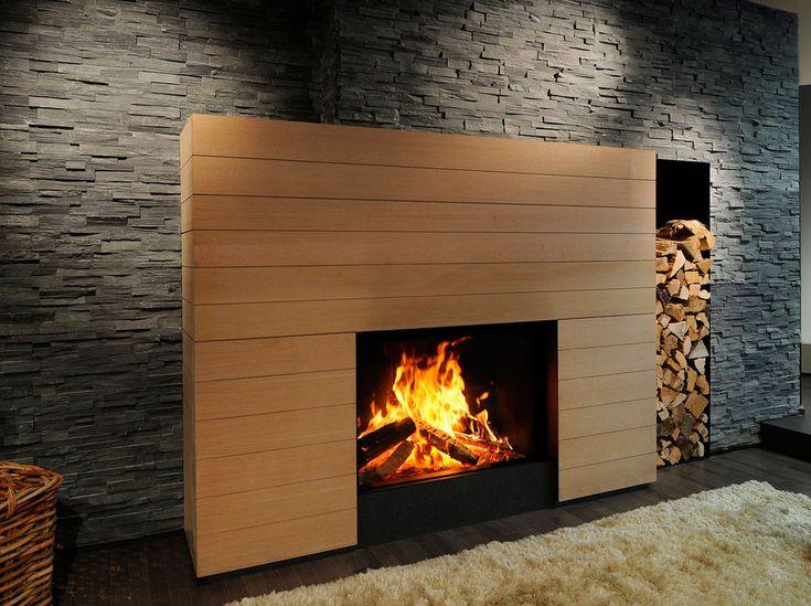 Chimenea piedra y madera con lechero vertical                              …