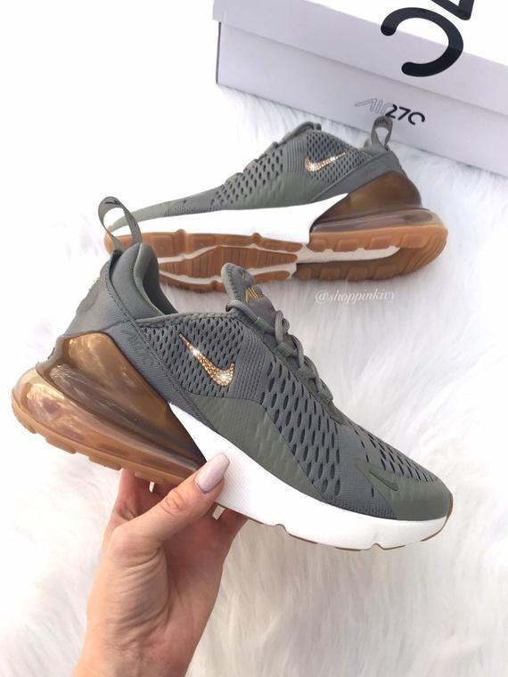 Swarovski Nike Air Max 270 Schuhe Mit Swarovski Kristallen Verziert Bling Nike Schuhe Oliv In 2020 Best Nike Running Shoes Bling Nike Shoes