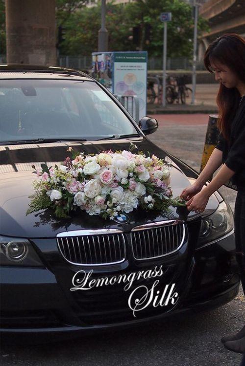 Bmw Wedding Car Decoration Ideas With White And Pink Flowers Bmw Car Carsdecorationsbmw Hochzeit Auto Hochzeitsauto Autoschmuck Hochzeit