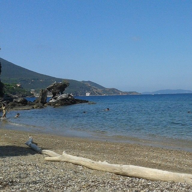 #ShareIG #Porticciolo #beach #RioMarina #elba #isoladelba #Lacostachebrilla #igersitalia #igerstoscana #instagood #instatuscany #instagram #Elbaisland #Ilikeitaly #tuscany #elbadascoprire #elbadestate #MySummer @travelchannel #tips #sea #Island #elbe #insel #isla #ile