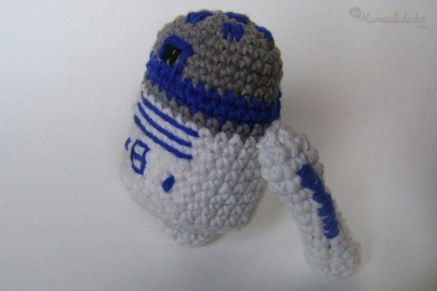 Free Crochet Patterns Amigurumi Star Wars : R2d2 Amigurumi de Star Wars - Patron Gratis en Castellano ...