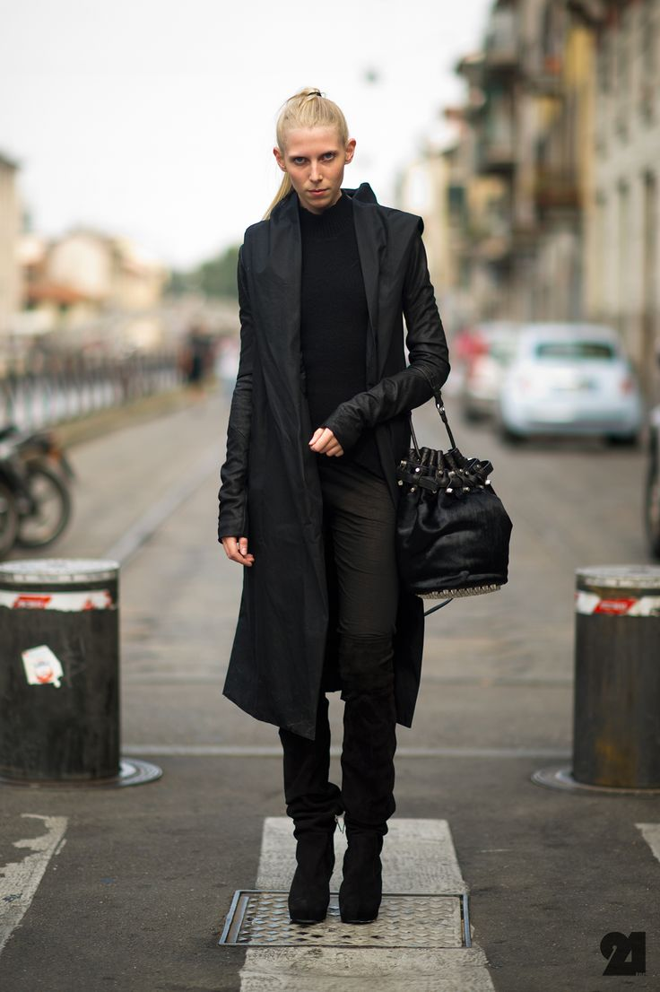 17 best images about street on pinterest maxi skirts for Rick owens milan