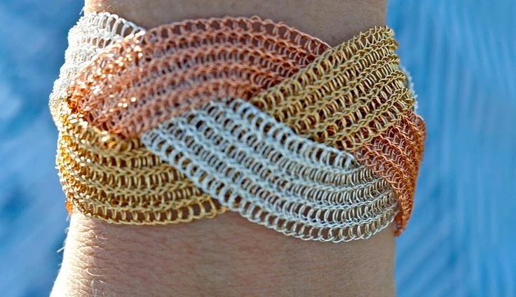 Silver wire handmade crochet bracelet.Plat bracelet. Wire crochet bracelet. by KvinTal on Etsy