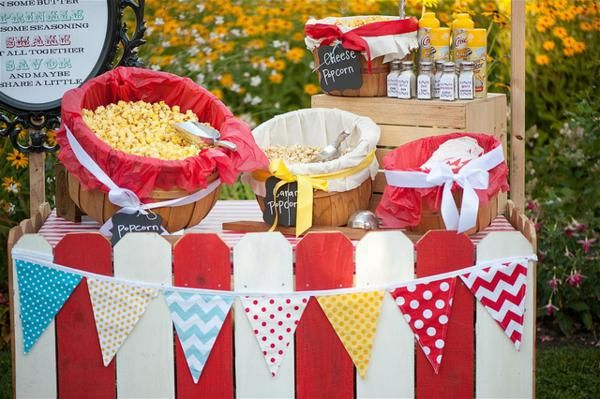 A Carnival-themed wedding (must have been great for the food/reception budget!). Could also do this for one of the girls' birthdays.