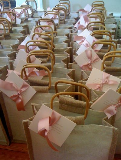 Guest wedding welcome bags.... Nude bag, clean note, with a pop of color