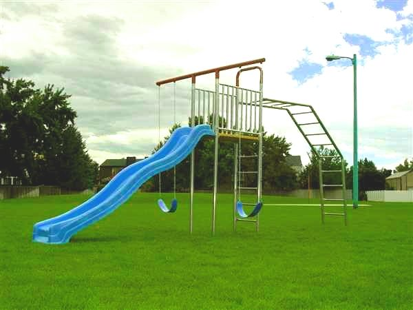 New Metal Jungle Gym Swing Set