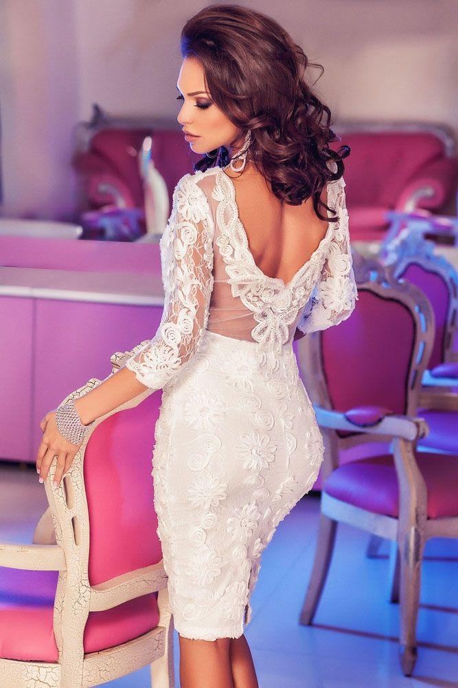 Sukienka biała koronkowa odkryte plecy
