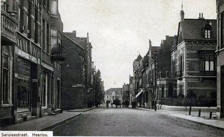 Saroleastraat. voor 1925. Heerlen.