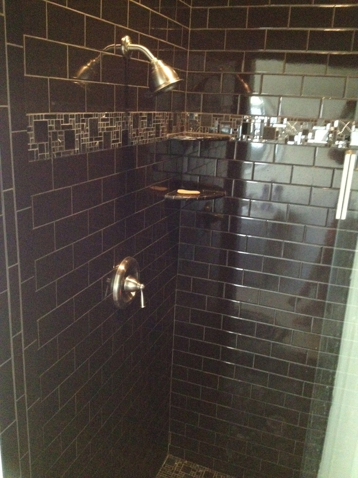 Shower Floor Tiles Which Why And How: Black Tiled Shower Stall In MBR. #paradiseinpontevedra