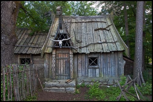 Simple wooden cabin~ not cob but love the way it looks