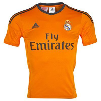 Real Madrid presenta su tercer uniforme | RÉCORD