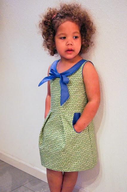 Mooi kleedje! Patroon: Antoinette