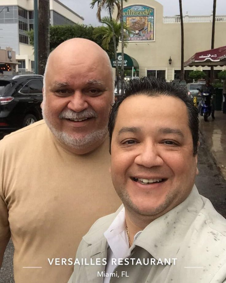 """With my old pal Gus """"The Man"""" Garcia at Versailles Restaurant collaborating on ideas to benefit Latinos Hispanics and other minorities in South Florida. #friends #versailles #miami #selfie #selfietour #selfieking #in #coralgables #lambda #saladonlineorg #salad #sayfie #litproserv #diversity #equality #corporateresponsibility #meweus"""