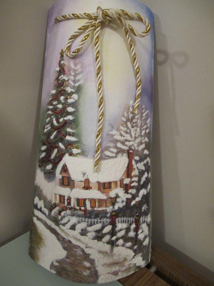 Teja en decoupage, pintada y con imitación a nieve en 3D by Kaita Maldonado.