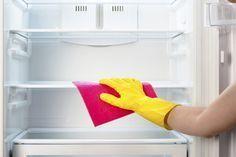 Så gör du ditt kylskåp skinande rent