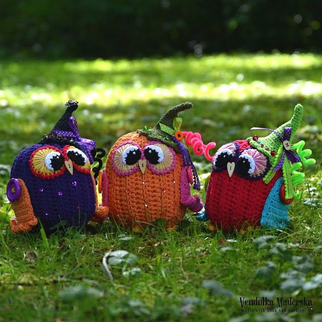 Pumpkin owl by VendulkaM - crochet pattern