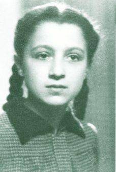 """Venerable Benedetta Bianchi Porro  1936 - 1964. Universitaria, estudiante de medicina, paralítica, ciega, sorda, gozando la maravilla de que su alma estuviera """"llena de gratitud y amor a Dios"""""""