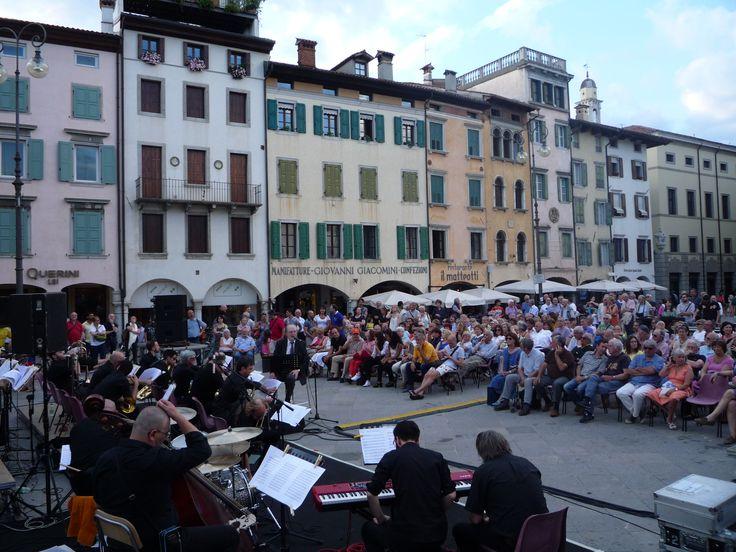 """Udine jazz luglio  2015 Piazza """"delle Erbe"""""""