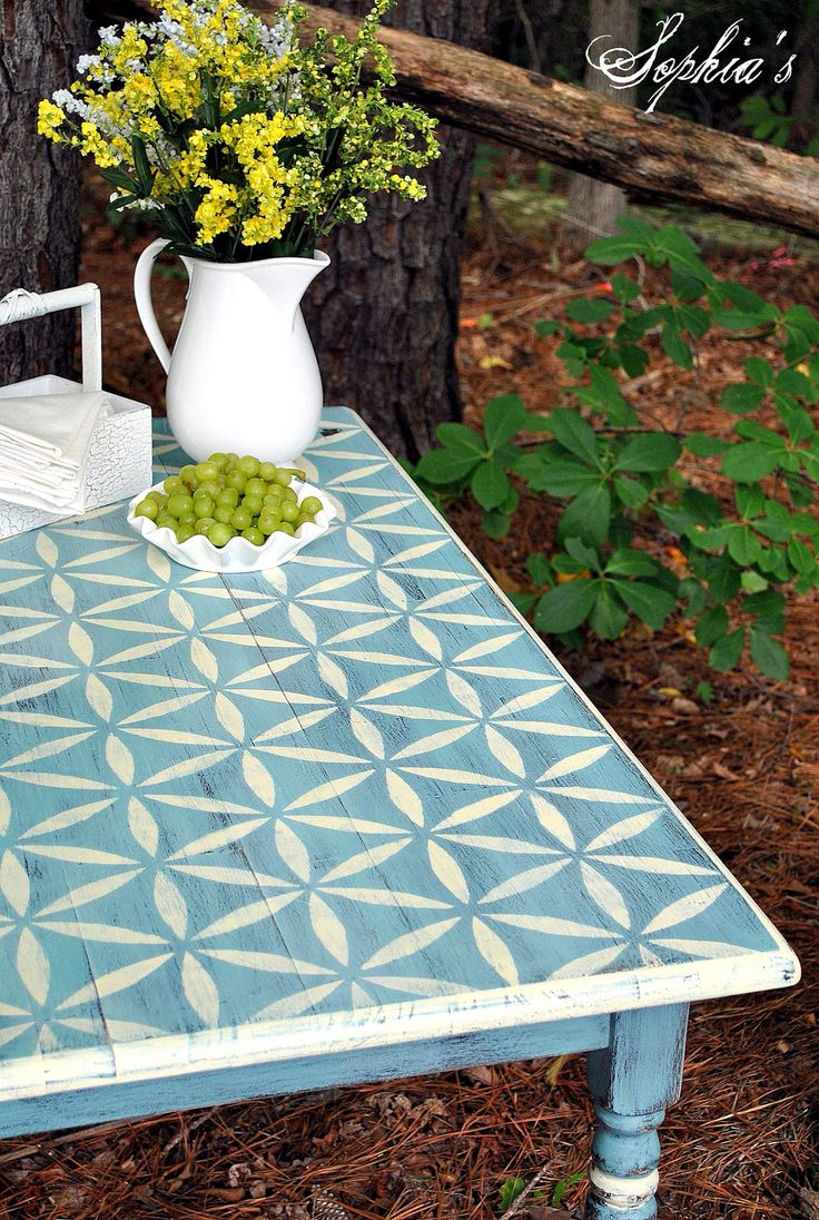 Chalk painted table stencil top home decor pinterest for Table design outdoor