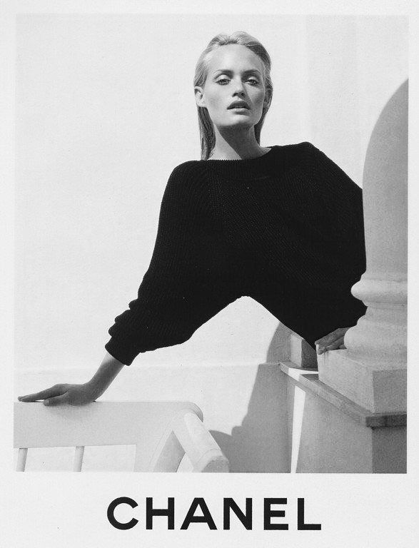 Amber Valletta by Karl Lagerfeld for Chanel SS96